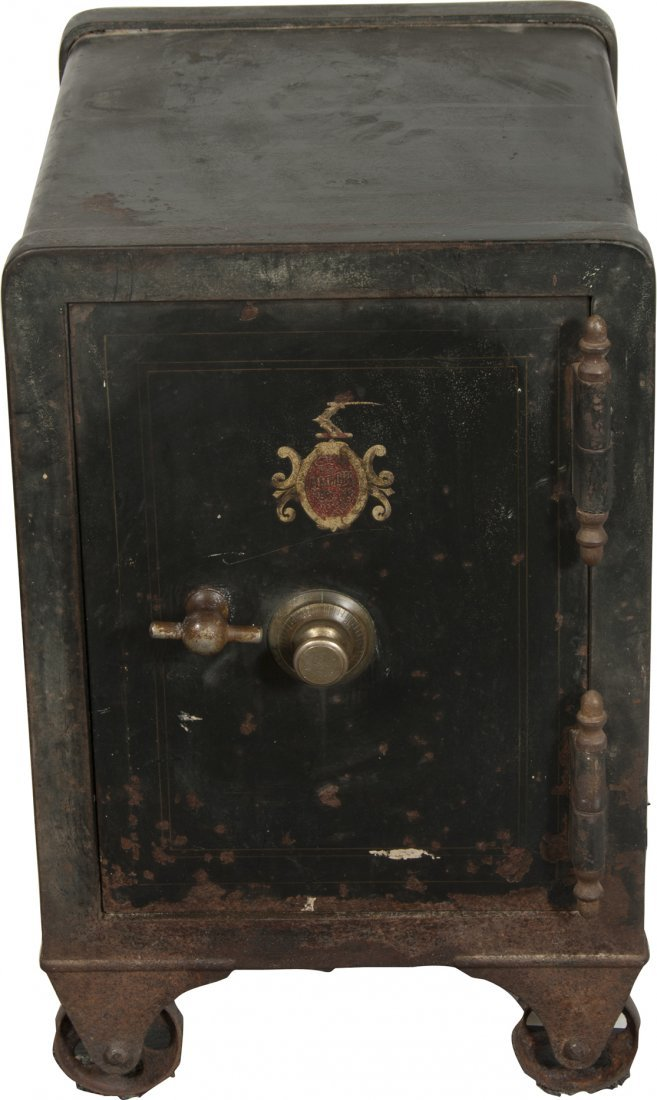 824: Early The Meilink MFG. Co. Cast-Iron Safe On Wheel