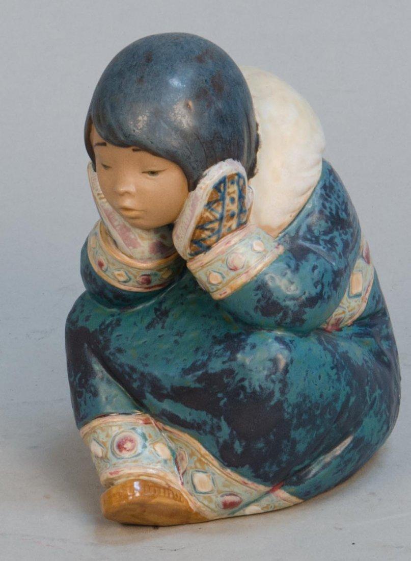 Lladro Figural Porcelain Decorative Sitting Eskimo Girl