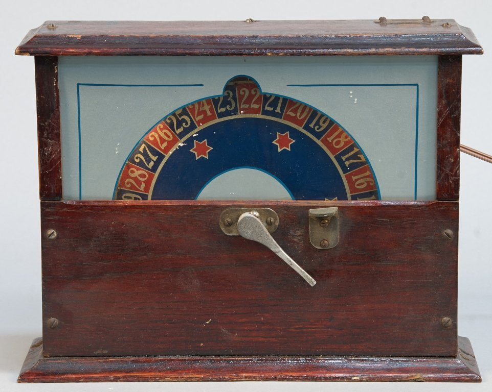 """5 Cent M.O. Griswold Co. Countertop Wheel Of Fortune """"S"""