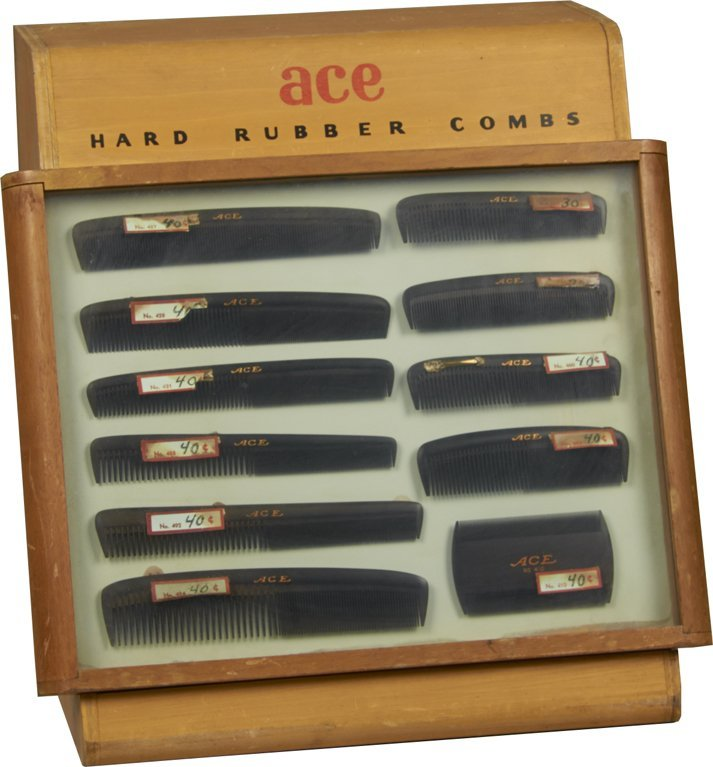 Ace Hard Rubber Combs Countertop Display Case w/ Combs