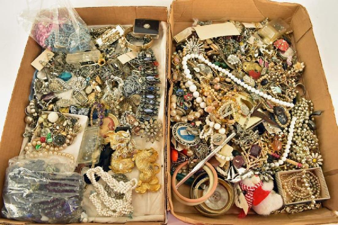 Large Group Of Pieces And Parts Of Jewelry