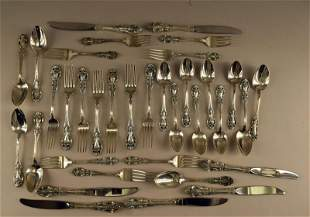 35 Wallace Grand Victorian Sterling Flatware