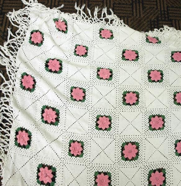 Pink Rose Crochet Bed Spread