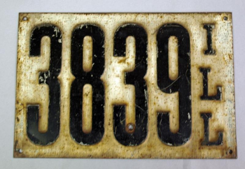 1911 Illinois License plate