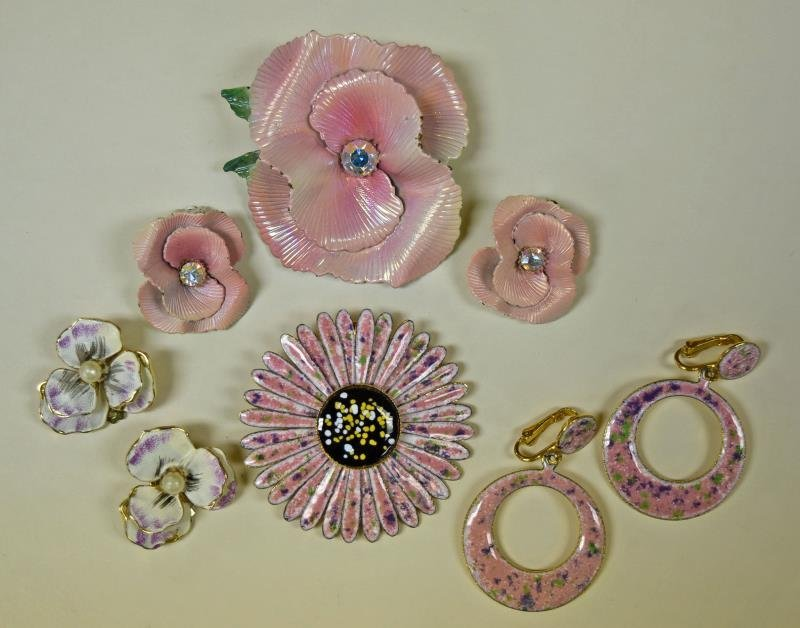 Mid-Century Pink Floral Demi-Parure Set
