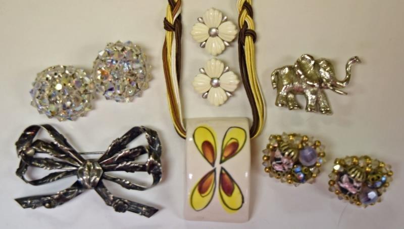 Hobe Mid-Century Jewelry