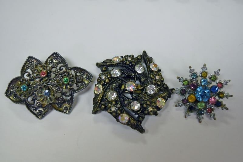 Vintage Rhinestone Costume Jewelry - 2