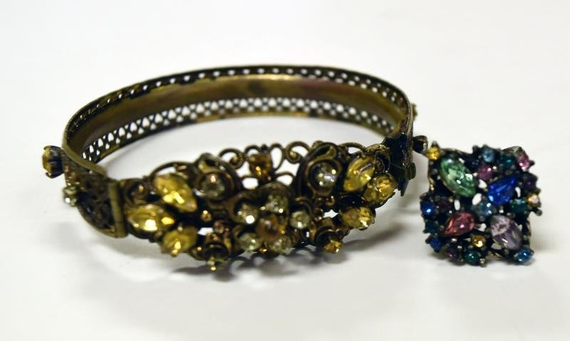 Vintage Rhinestone Costume Jewelry - 4