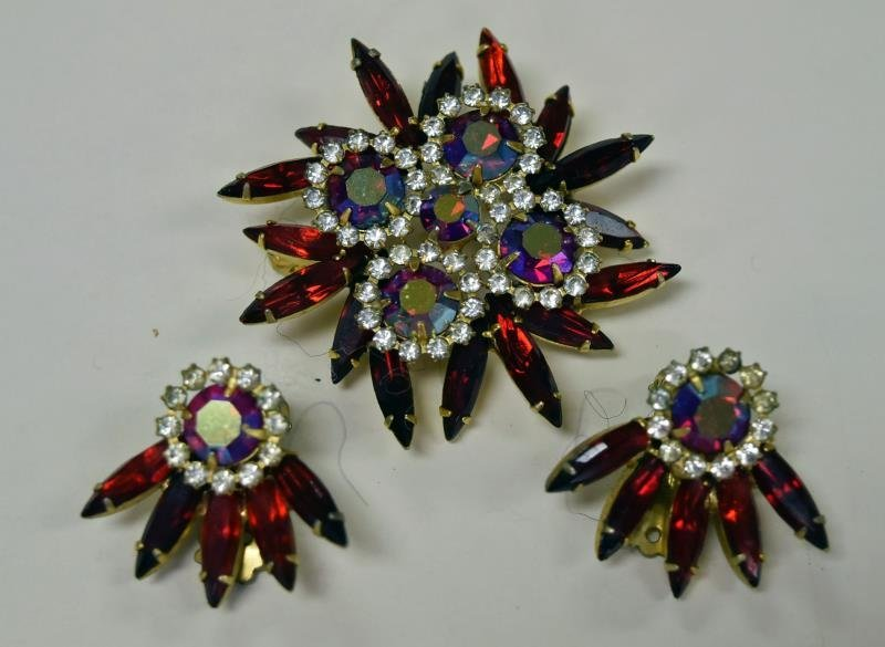 Red Rhinestone Demi-Parure Set - 2