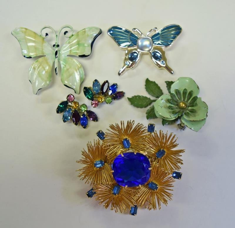 Collection of Green & Silvertone Costume Jewelry - 2