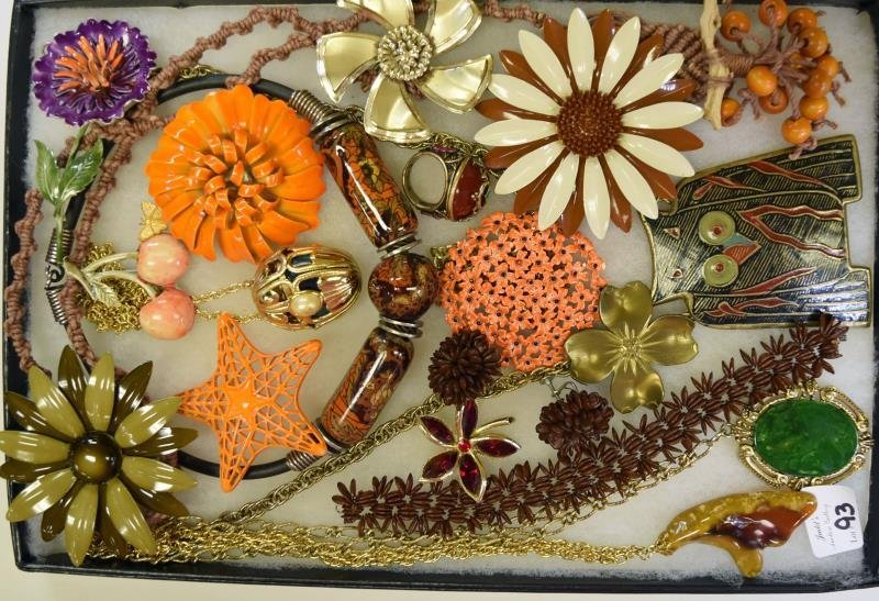A Group of Natural & Browns Costume Jewelry