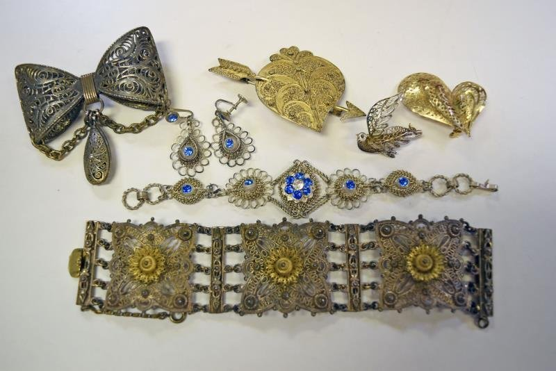 A Group of Filigree Jewelry
