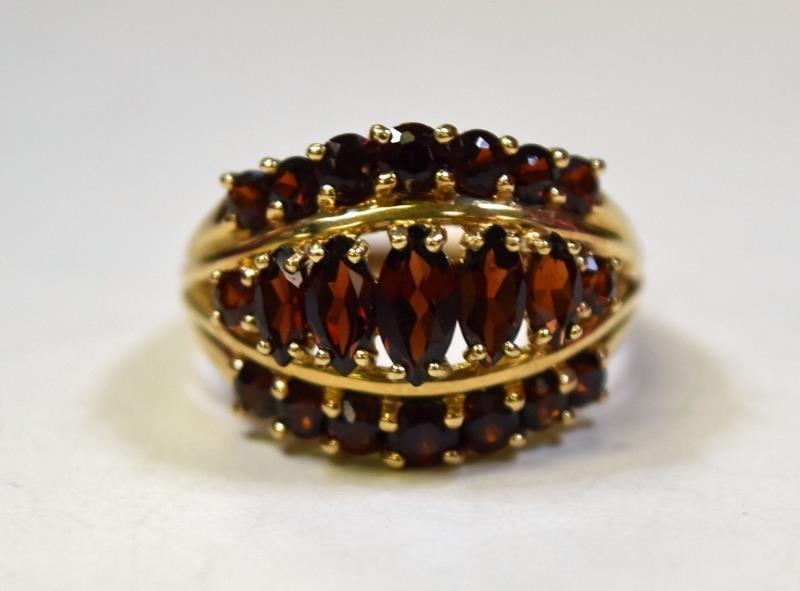10K Yellow  Gold Garnet Ring