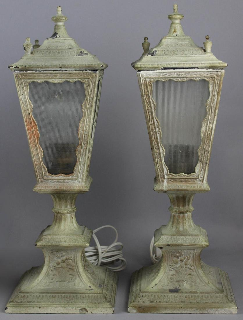 GROUP OF FOUR TABLE LAMPS - 3