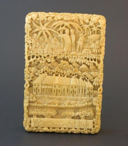 160: 19th CENT. CHINESE IVORY CARVED NAPOLEON CARD BOX