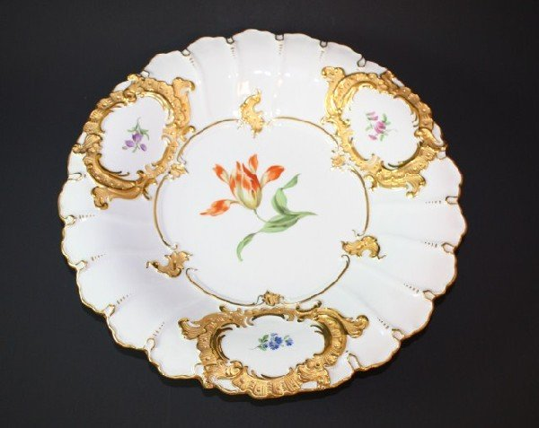 9: MEISSEN GERMANY HAND PAINTED FLORAL CHARGER
