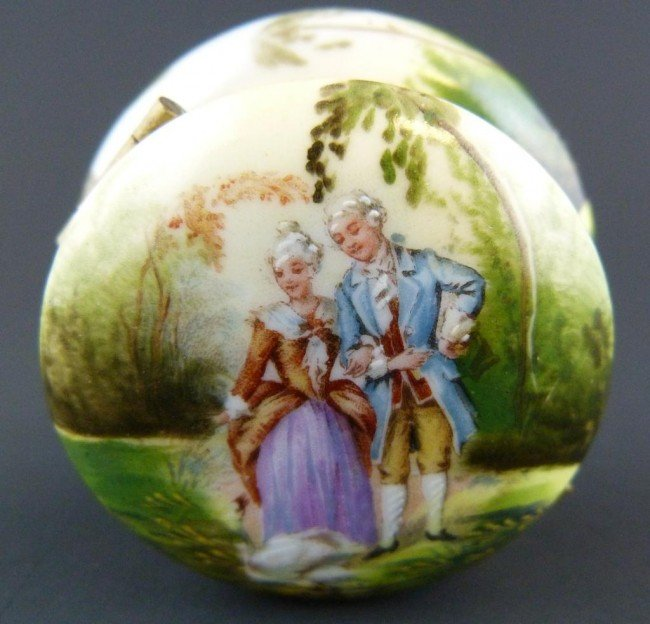 14: HAND PAINTED FRENCH PORCELAIN ROUND BOX