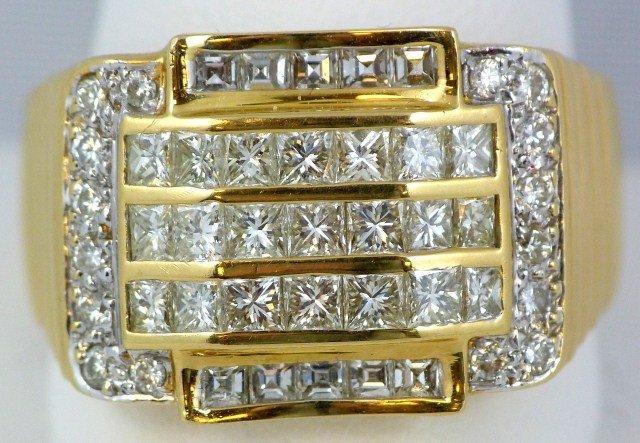 22: 14K YELLOW GOLD & DIAMOND MENS RING