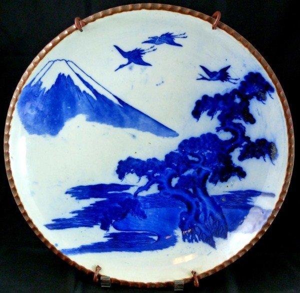 308: ANTIQUE JAPANESE BLUE & WHITE PORCELAIN CHARGER