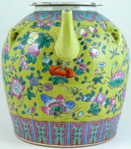 318: ANTIQUE CHINESE FAMILLE ROSE BUTTERFLIES GOURD