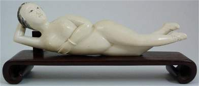 477: ANTIQUE CHINESE IVORY HAND CARVED DOCTOR'S LADY