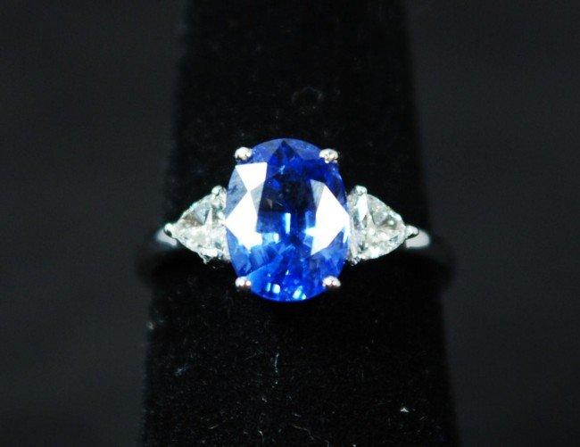 17: 18K WHITE GOLD 3.10CT BLUE SAPPHIRE RING