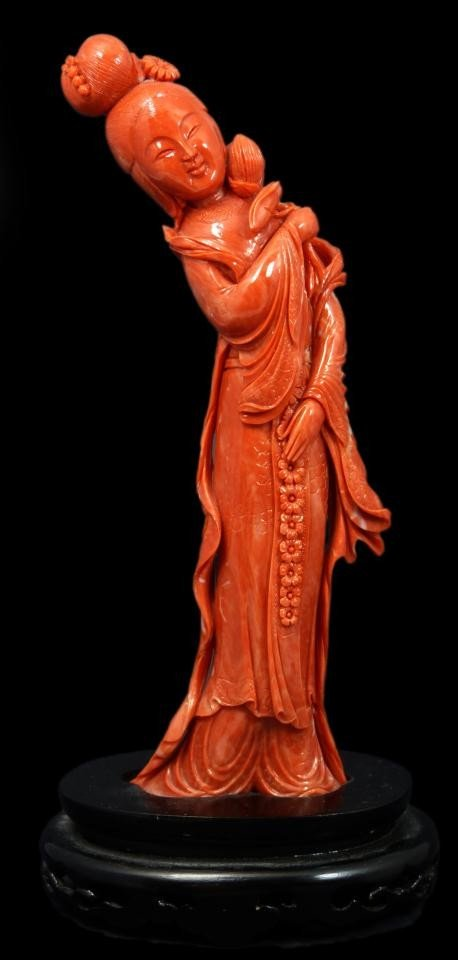 90: CHINESE CARVED CORAL FIGURE OF QUAN YIN