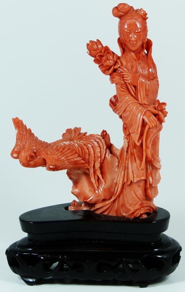 92: CHINESE CARVED CORAL QUAN YIN & BIRD FIGURE