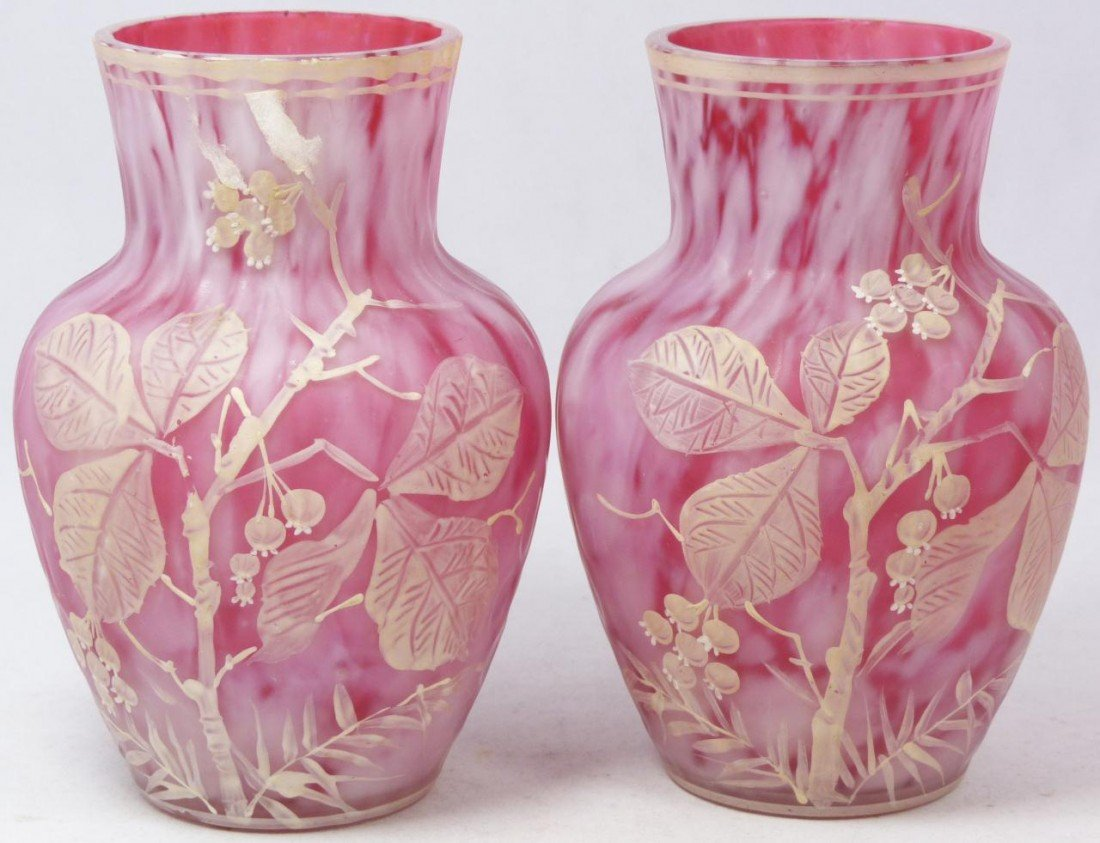 14: PAIR OF MARY GREGORY PINK ART GLASS ENAMELED VASES
