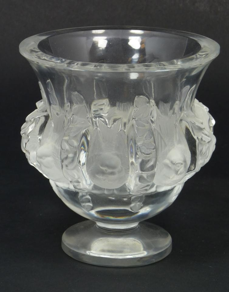 16: LALIQUE FRENCH CRYSTAL DAMPIERRE BIRDS VASE
