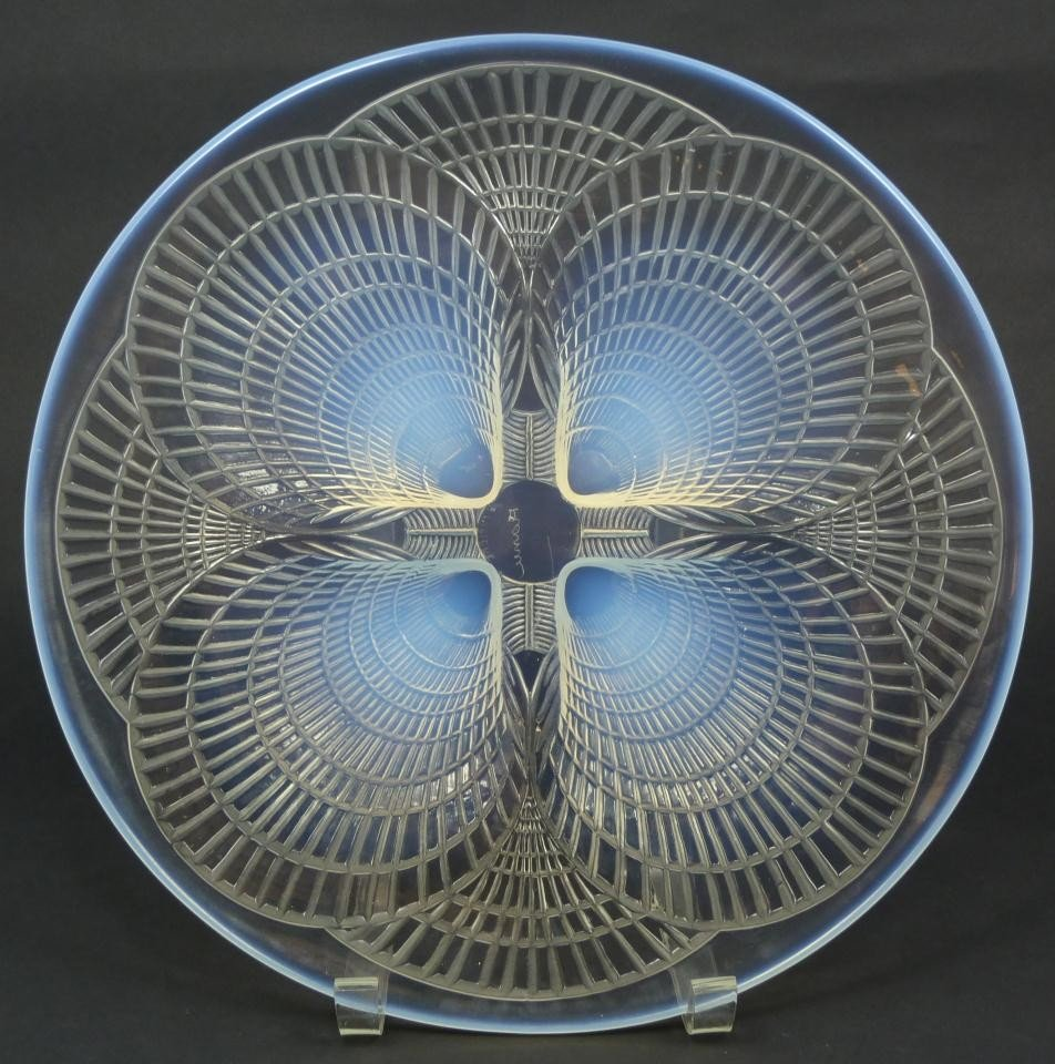 18: R LALIQUE FRANCE COQUILLES OPALESCENT SHELLS PLATE