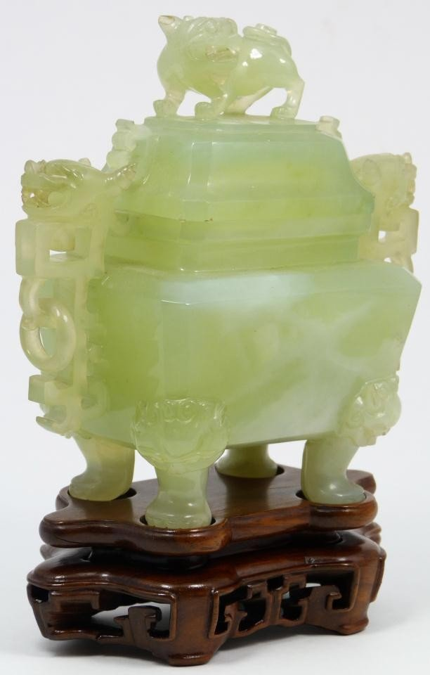 24: CHINESE CARVED JADE FOO DOG URN ON STAND