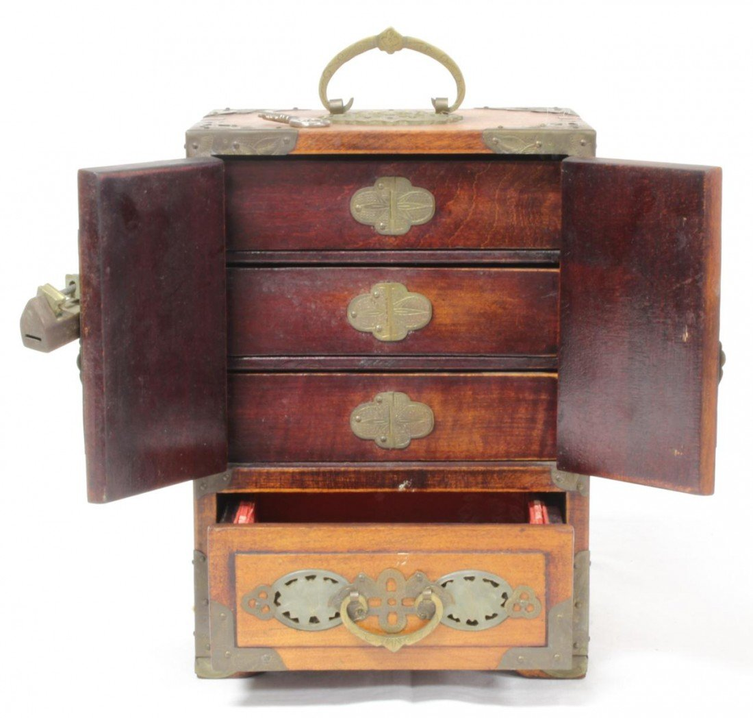 447: ANTIQUE CHINESE WOODEN JEWELRY BOX w JADE INLAY - 3