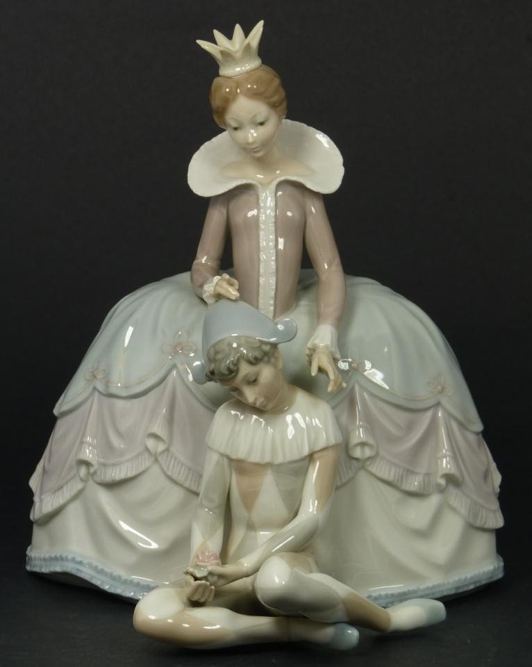 1: LLADRO SPAIN PORCELAIN LADY w YOUNG HARLEQUIN 4883
