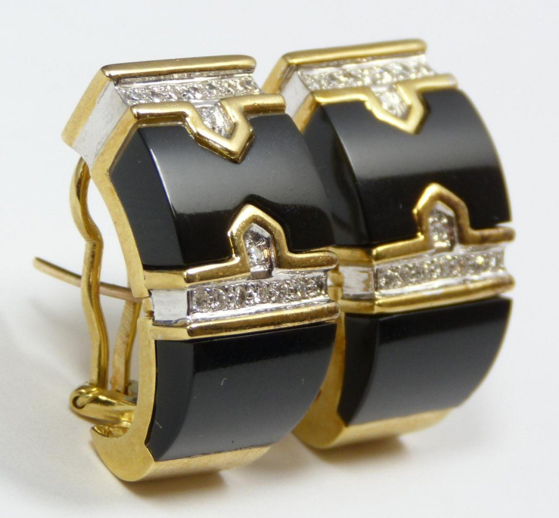 22: Pr OF 14K YELLOW GOLD DIAMOND & ONYX EARRINGS