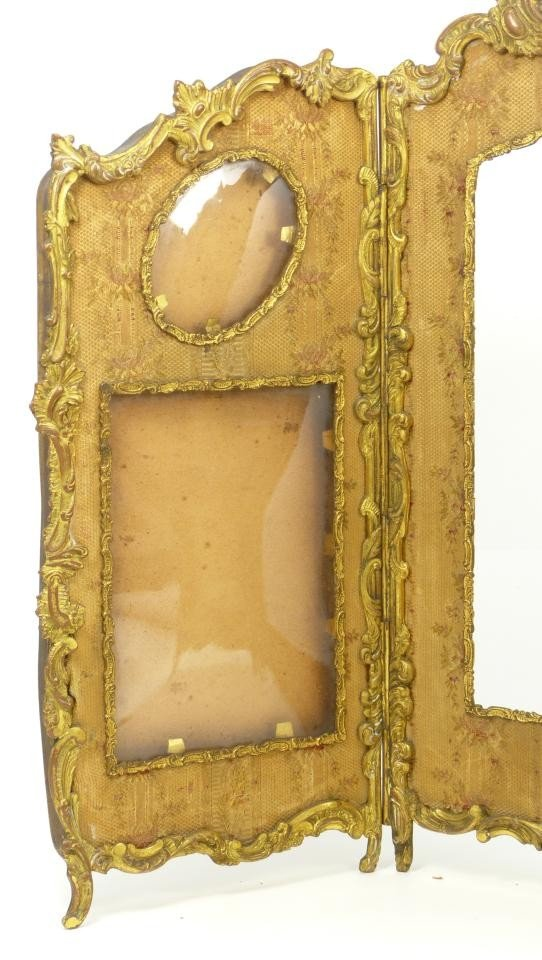 181: 19th C FRENCH BRONZE TRIFOLD PICTURE FRAME - 4