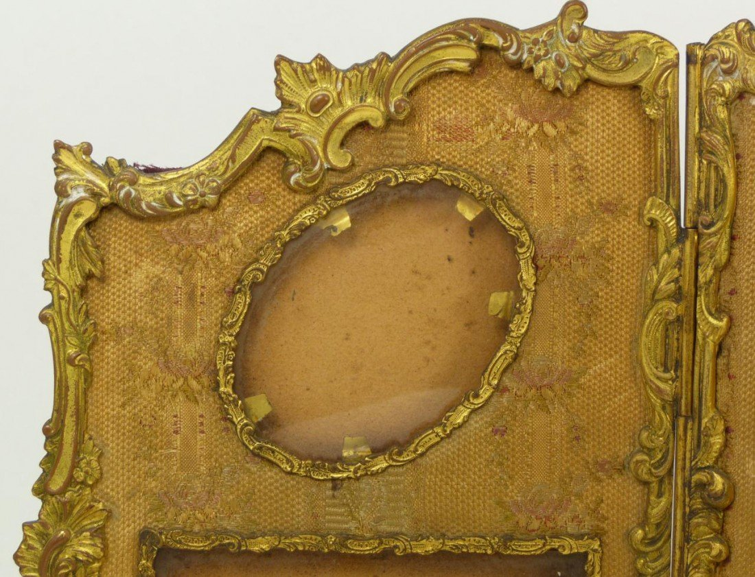 181: 19th C FRENCH BRONZE TRIFOLD PICTURE FRAME - 5