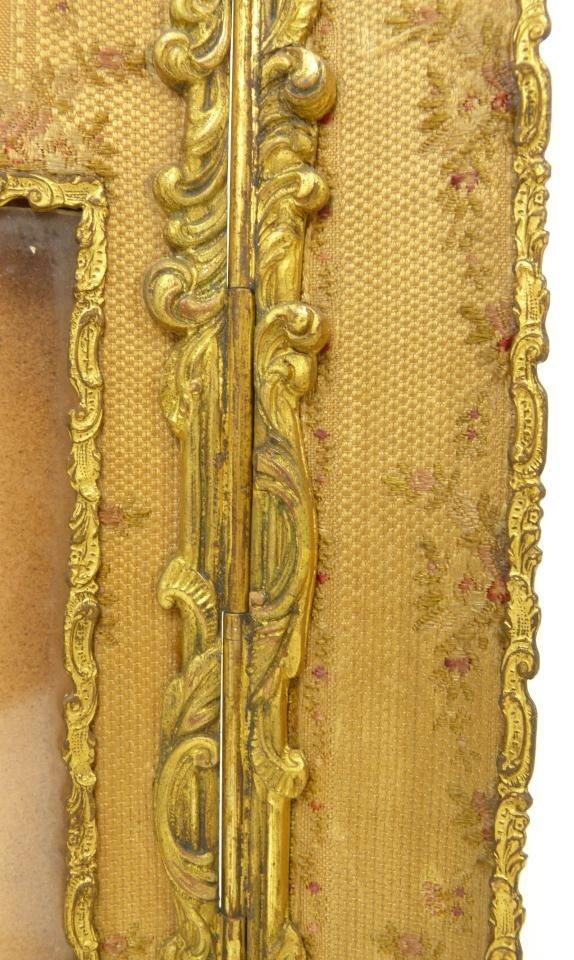 181: 19th C FRENCH BRONZE TRIFOLD PICTURE FRAME - 6