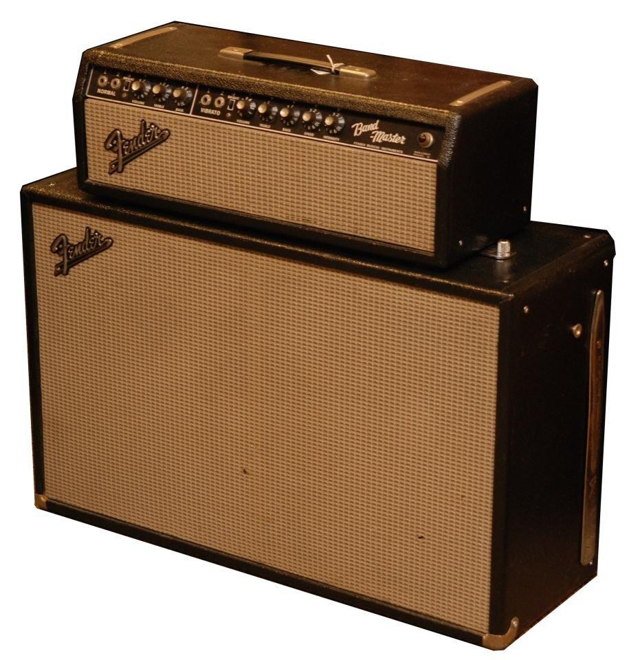15: VINTAGE 1966 FENDER BANDMASTER AMP & CABINET