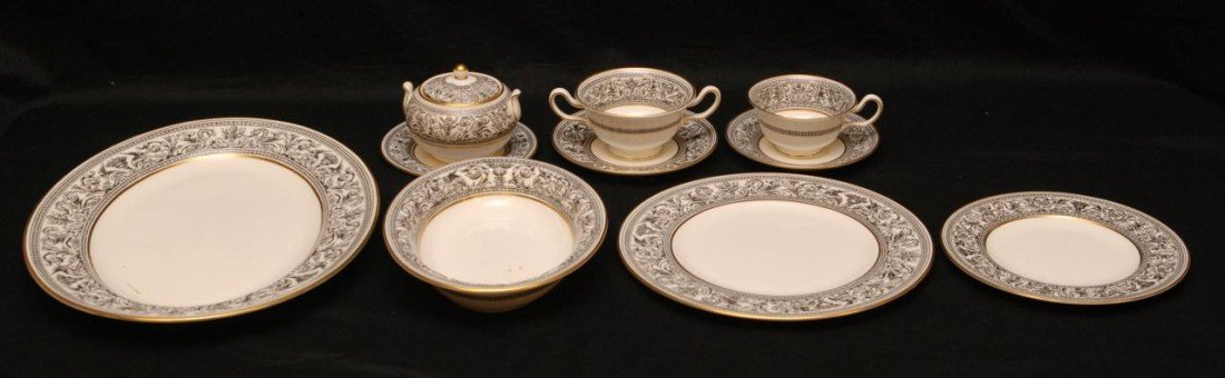 50: 79pc WEDGWOOD FLORENTINE BLACK CHINA SET W4312