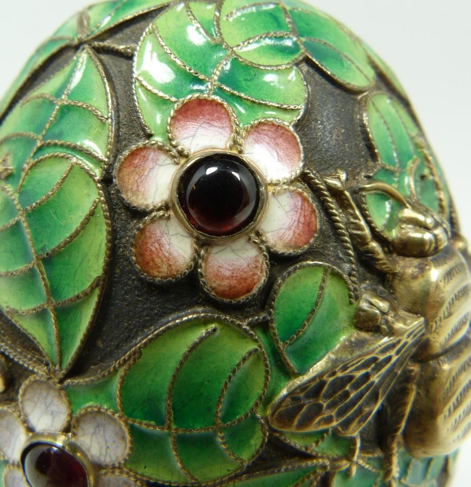 301: RUSSIAN SILVER ENAMELED INSECTS EGG w STAND - 3