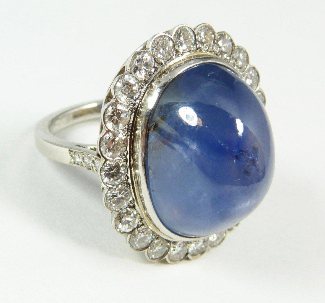 106: EXQUISITE 18K WHITE GOLD SAPPHIRE & DIAMOND RING