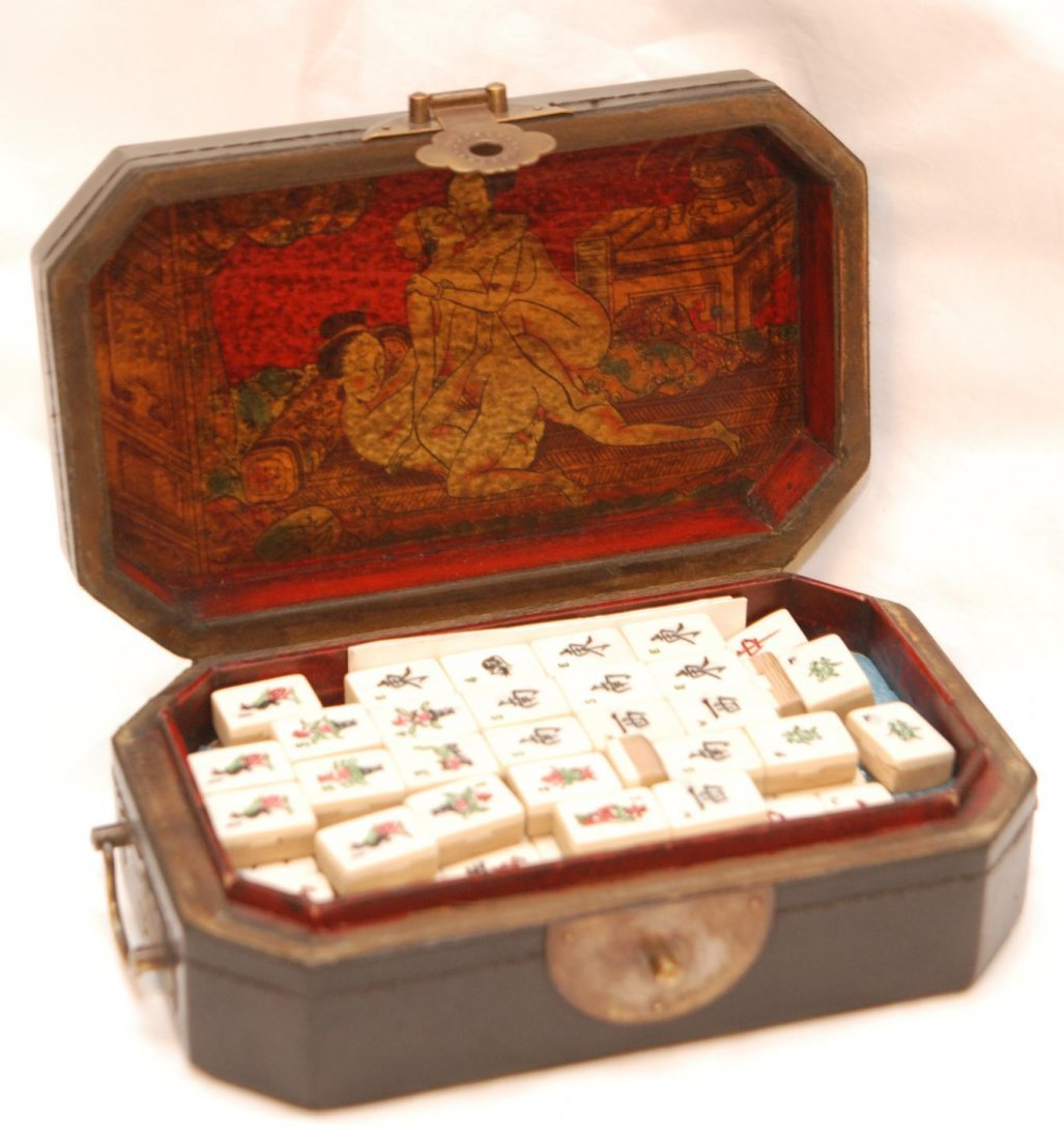 Erotic tiles mahjong