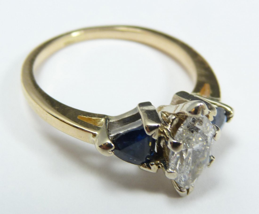 107: 14K YELLOW GOLD DIAMOND & SAPPHIRE RING