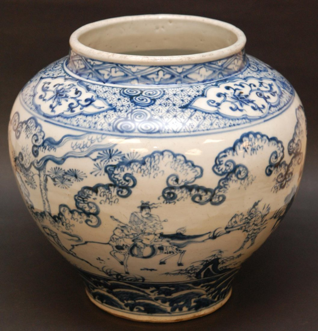 11: CHINESE MING STYLE BLUE & WHITE WARRIOR SCENE