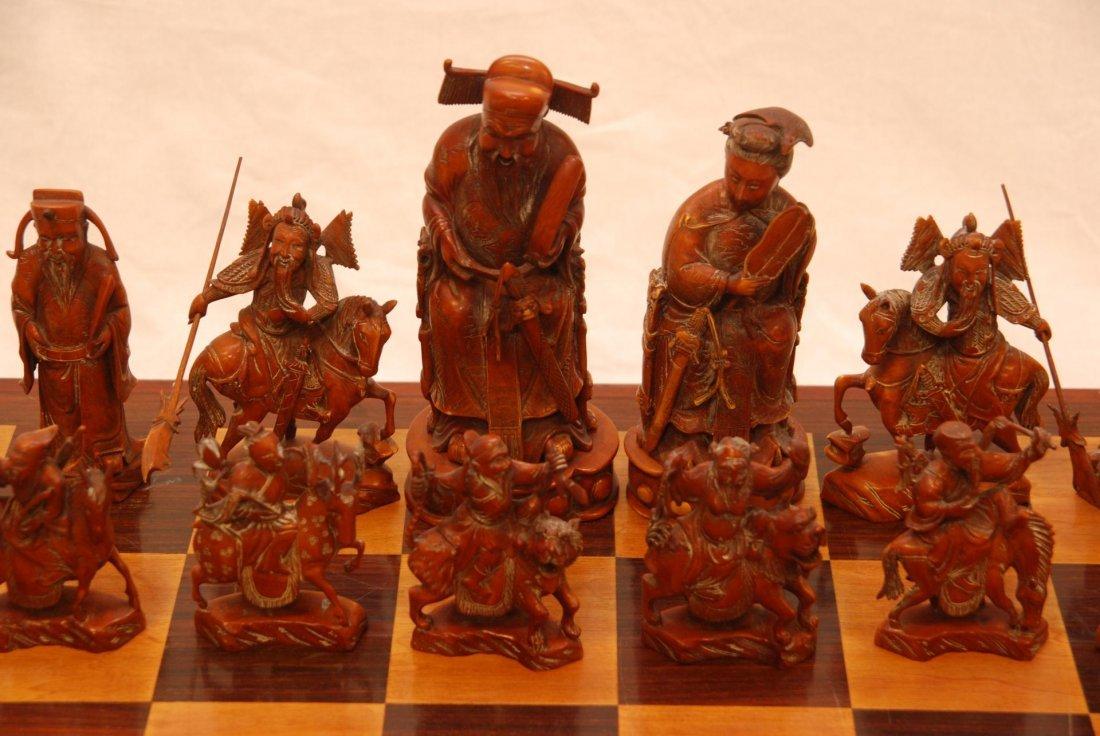 116: ANTIQUE CHINESE QIANLONG LARGE IVORY CHESS SET - 2
