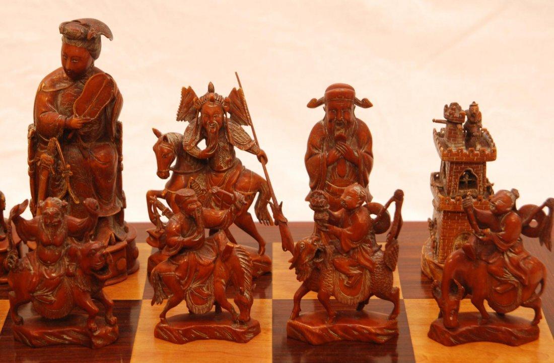 116: ANTIQUE CHINESE QIANLONG LARGE IVORY CHESS SET - 5