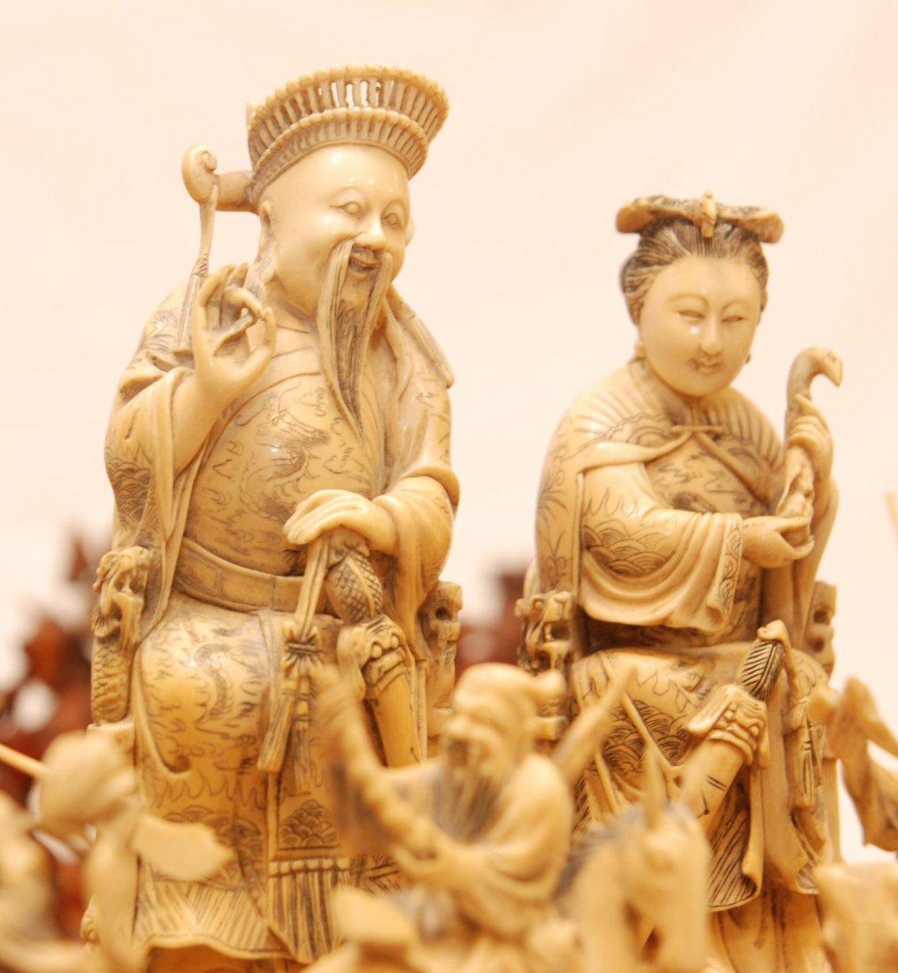 116: ANTIQUE CHINESE QIANLONG LARGE IVORY CHESS SET - 6