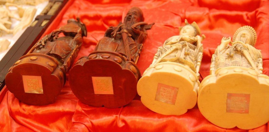 116: ANTIQUE CHINESE QIANLONG LARGE IVORY CHESS SET - 9