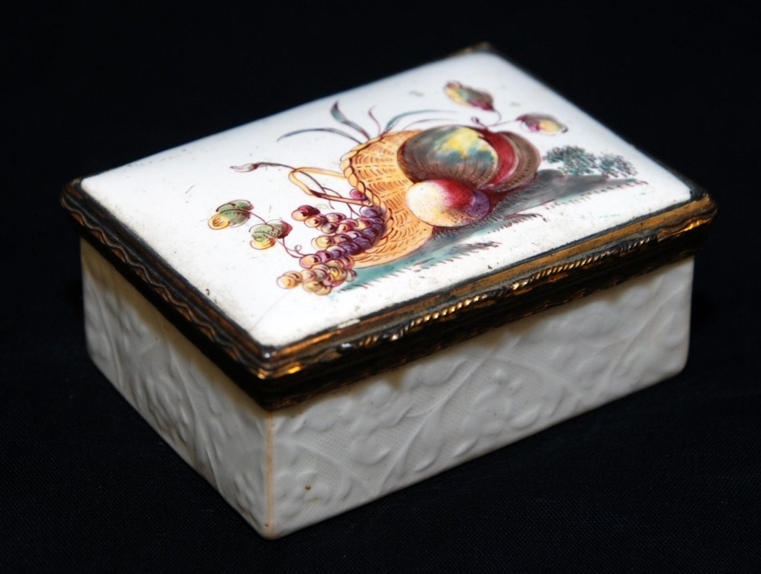 150: 18th C GERMAN GILT SILVER PORCELAIN SNUFF BOX